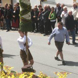 Prangstangen in Zederhaus am 24. Juni anlässlich des Hochfestes des Hl. Johannes